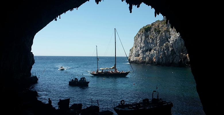 Boat excursions from Castro to Otranto