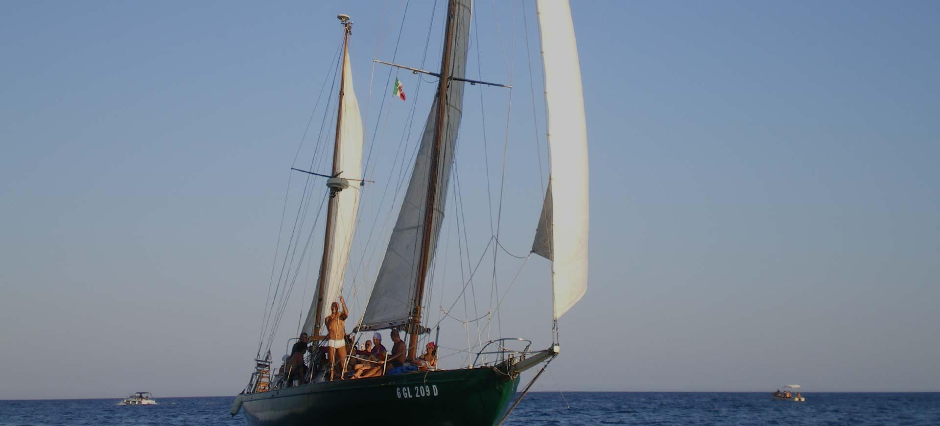Sailing boat excursions in Salento